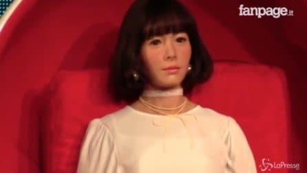 Bellissima e intelligente: ragazza androide presenterà nuovo programma tv in Giappone