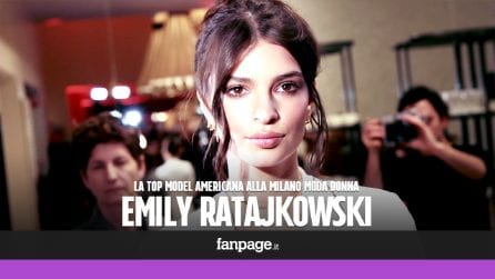 Emily Ratajkowski apre la Milano Fashion Week, bagno di folla per la top model