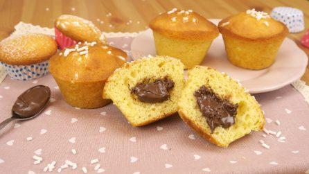 Muffin con cuore cremoso: il segreto per non far seccare la crema di nocciole!