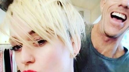 Katy Perry mostra il nuovo taglio di capelli