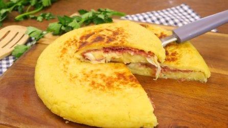 Schiacciata di patate in padella: la ricetta facile, veloce e senza lievito