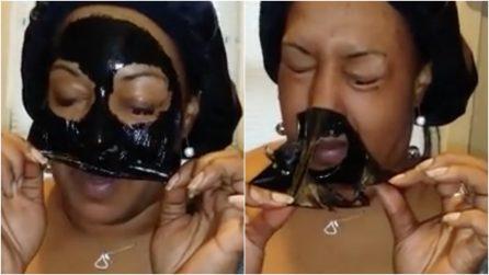 """Applica la """"black mask"""" per rimuovere i punti neri: la rimozione è davvero dolorosa"""