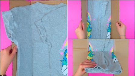 Come piegare le maglie con un cartoncino: il metodo geniale e veloce