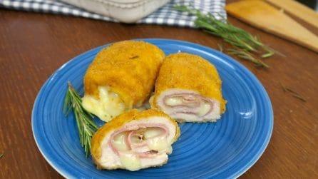 Involtini di pollo impanati: la ricetta facile e gustosa che piacerà a grandi e piccini!
