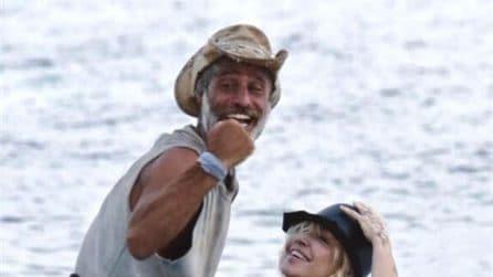 Paola Barale e la sorpresa fatta a Raz Degan alla finale dell'Isola