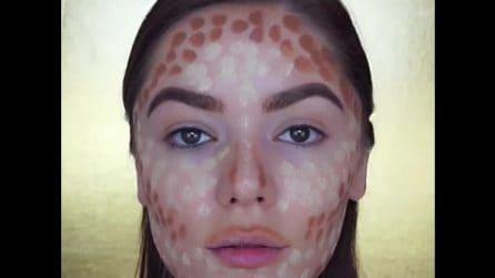 Disegna puntini sulla pelle, poi sfuma: la tecnica per trasformare il viso con il contouring