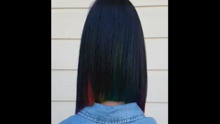 """I suoi capelli nascondono un """"segreto"""": quando muove la testa l'effetto sorpresa è assicurato"""