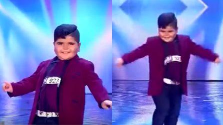 Il piccolo ballerino che fa impazzire i giudici e il pubblico del talent show