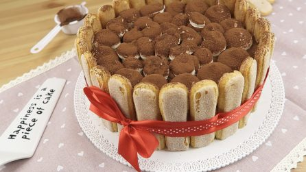 Charlotte tiramisù: The perfect cake to prepare for parties!