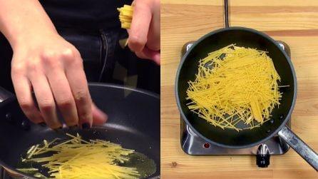 Spaghetti crudi in padella: la ricetta che fa rabbrividire gli italiani