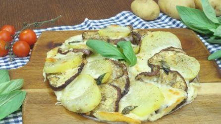 Eggplant and potato cake: the recipe for a light and tasty dinner!