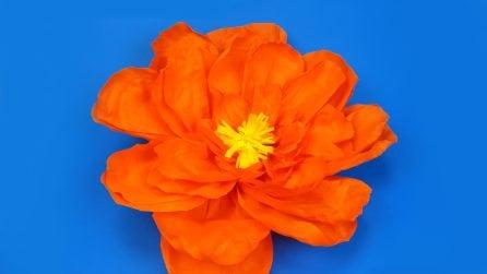 Come realizzare un fiore gigante di carta crespa