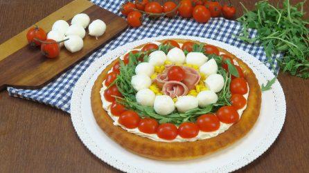 Crostata salata a base morbida: l'idea gustosa e colorata per l'estate!