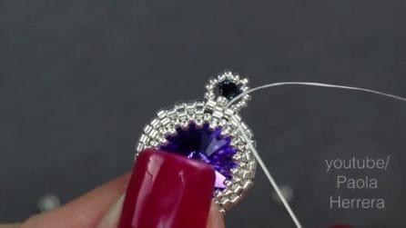 Infila le perline nel filo: come realizzare un bellissimo ciondolo