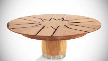 """Il tavolo """"a spicchi"""" che si apre come fosse un fiore"""