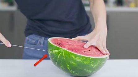 Come tagliare il cocomero a cubetti in modo veloce