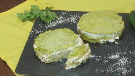 Pancake di zucchine, l'idea sfiziosa e facilissima per una cenetta da leccarsi i baffi