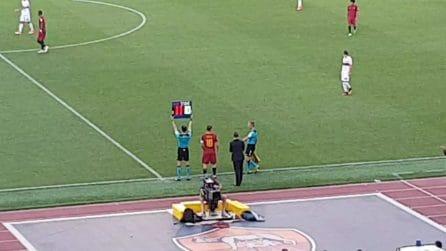 Totti, entra in campo il capitano ed esplode l'Olimpico