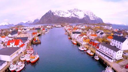 Viaggio nelle splendide isole Lofoten: inverno o estate, il panorama è mozzafiato