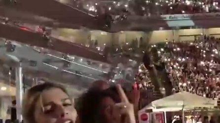 Emma Marrone al concerto di Tiziano Ferro: canta un grande successo