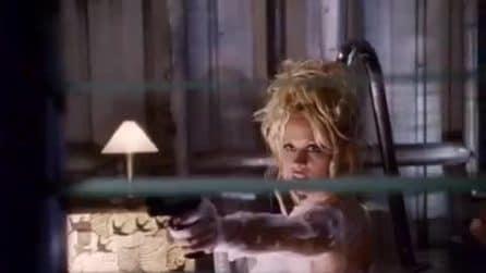 Barb Wire: il trailer originale