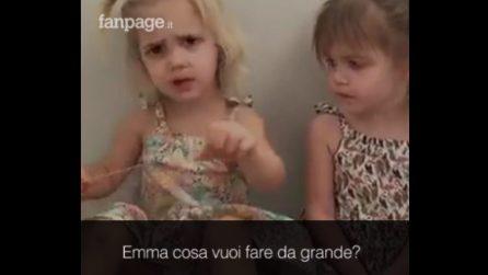 """""""Cosa vuoi fare da grande?"""": due adorabili gemelline immaginano il loro futuro"""