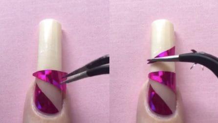 Applica sulle unghie alcuni pezzi coloratissimi: risultato eccezionale