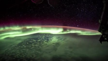 Lo spettacolo dell'aurora boreale dallo spazio