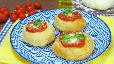Pizzette montanare: il segreto per un impasto perfetto!