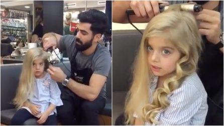Crea per la bambina un'acconciatura da principessa: il risultato è fantastico