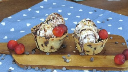 Chocolate chip cookie ice cream cups, a delicious summer treat!
