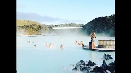 Islanda, un tuffo nell'incantevole Laguna Blu: un paradiso del relax