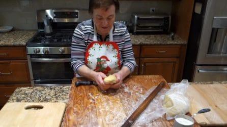 Gli struffoli di Nonna Gina: la ricetta tipica napoletana da preparare per Natale