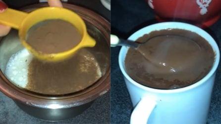 Cioccolata calda pronta in pochi minuti: come averla cremosa e senza grumi