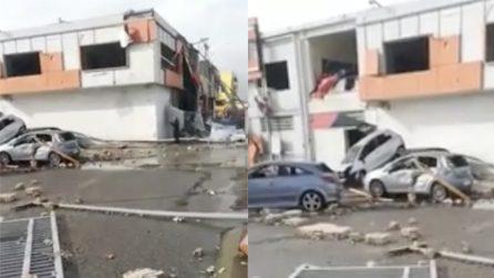 Crotone, tromba d'aria distrugge negozio: i danni sono terribili