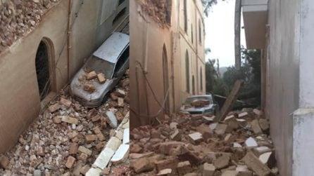 """Tornado Tricase, un uomo piange disperato: """"È tutto distrutto, aiutatemi"""""""