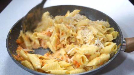 Garganelli zucca e gorgonzola: la bontà della pasta fresca con un sugo cremoso