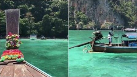 Il mare color smeraldo delle isole Phi Phi: uno dei luoghi più incantevoli al mondo