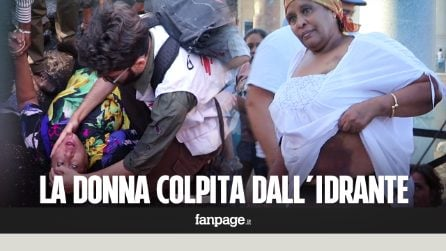 """Sgombero rifugiati, i lividi di Gemma la donna colpita dall'idrante: """"Con quelli lavateci le strade"""""""