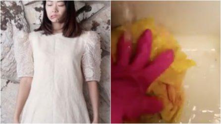 Nell'armadio trova un vestito vecchio e fuori moda: in poche mosse lo trasforma completamente