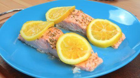 Salmone al cartoccio: la ricetta veloce e gustosa