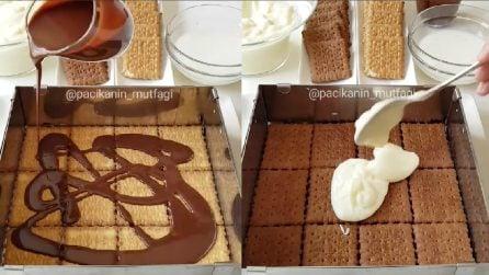 Il dolce goloso fatto di biscotti, cioccolata e crema