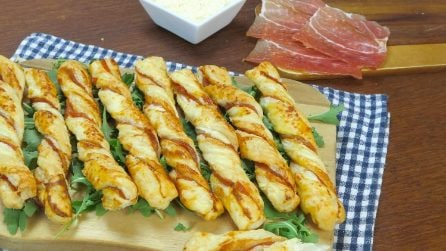 Prosciutto filled breadsticks: making them at home is easier than you think!