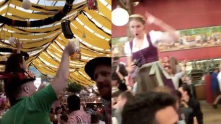 Birra e folklore: il divertimento all'Oktoberfest