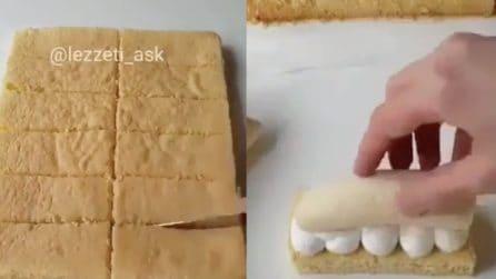 Taglia il pan di Spagna in diversi pezzi, su ciascuno aggiunge una banana: la ricetta è da leccarsi i baffi