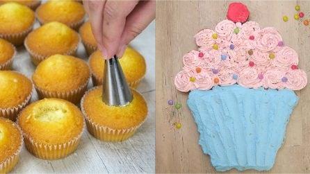 Torta di cupcakes: l'idea perfetta per un dolce di compleanno originale!