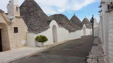 Viaggio tra i trulli abitati di Alberobello: uno scenario unico