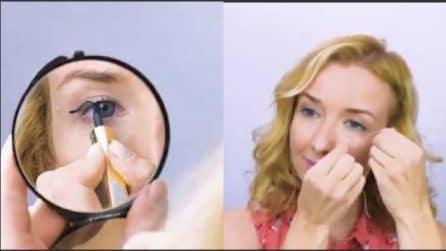 Non riesce a mettere l'eyeliner: trova un rimedio ottimo per applicarlo