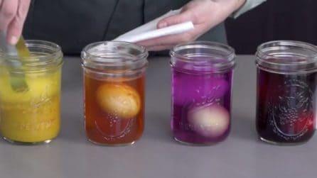 Mette le uova in questi barattoli: il motivo ti lascerà sorpreso