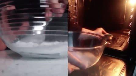 Come pulire il forno senza fatica: il rimedio fai da te semplice e naturale